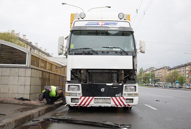 Наезд фурой Volvo в Минске