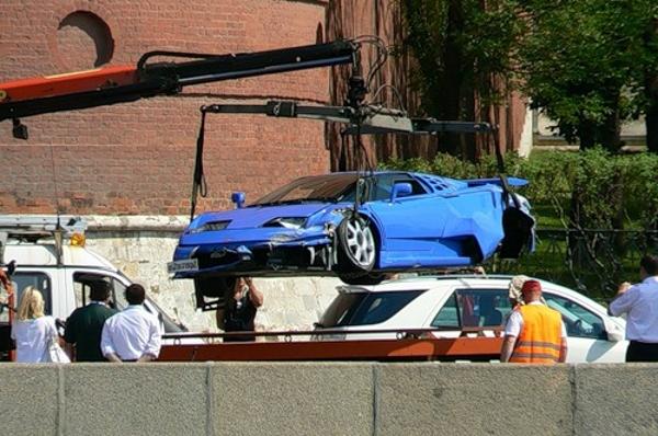 ДТП Bugatti EB110