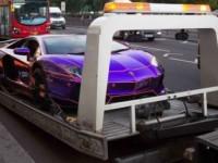 эвакуация дорогого спорткара