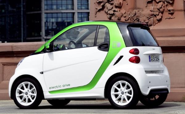 зеленый экомобиль